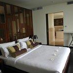 James bond master bedroom