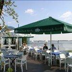 DOBBENDEEL Restaurant-Cafe
