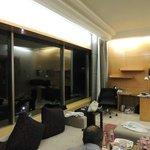 suite, corner view