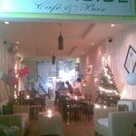 Water Side Cafe' & Bar