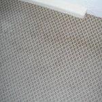 alfombra machada y con pelos