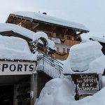 LocHotel Alpen Sports and a lot of snow