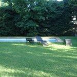 Großzügiger Garten mit Pool