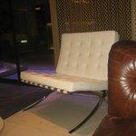 sillones en blanco modelo Barcelona de Mie