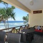 Luxury 1-Bedroom Oceanfront  / Patio