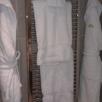 towel heater with towels in garden deluxe