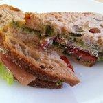 sandwich med parmaskinke