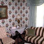 Sitting Room, Room 5