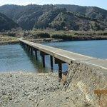 ほとんど観光客の行かない三里沈下橋。静かでした。