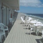 Sandcastle Beachfront Inn Photo
