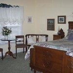 Autumn Leaves Bed & Breakfast Picture