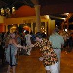 El lobby, donde a la noche tocaba un grupo y se podía bailar. Muy divertido!