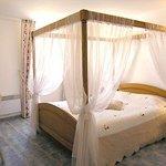 LA BASTIDE DES MONGES CHATEAUX & HOTELS DE FRANCE