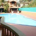 einladender pool