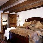 Prince Madoc Room