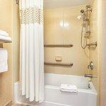 Hampton Inn Bathroom