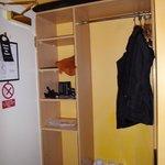 armario, pequeño pero suficiente