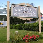 Motel in the Meadow Foto