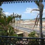 Las bonitas vistas desde la habitación a la bahía y al jardín