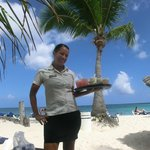 Bar service at the beach