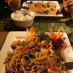spagetti Thai and pan yang