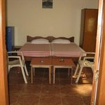 Shalom Guest House Photo