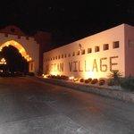 ingresso villaggio