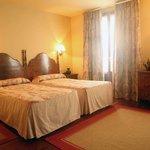 Hotel Roca Mollarri