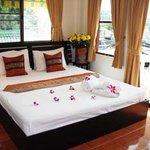 Foto de Lanna Thai Restaurant & Guest House