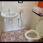 Superclean bathroom!