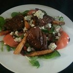 Steak salad that was really fresh and tasty!