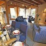 Chalet Des Amis dining room