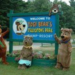 Welcome to Yogi Bear's Jellystone Park!