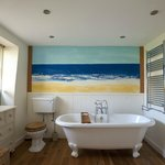 Mill House en suite bath room