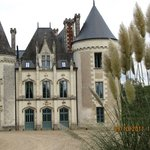 Arriving to the Château