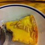 torta pinolata e crema