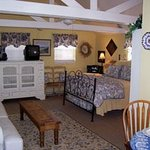 Carriage House Bed & Breakfast Photo