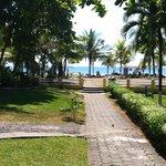 walk from buffet, to beach