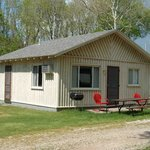 Kaspar's Lakebreeze Cabins Photo