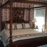 Hillsboro House Bed & Breakfast Photo