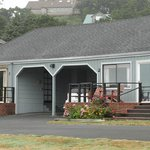 The outside of cottage #2 w/carport at Agate Beach Motel