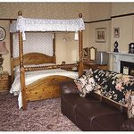 The Manor Guest House Photo