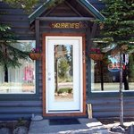 Фотография Yellowstone Cabins and RV Park