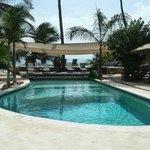 les 2 piscines en bord de plage
