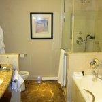 Good facilities in the bathroom