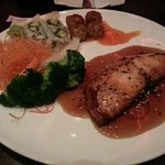 Teriyaki Broiled Salmon Bento Lunch