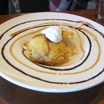 Finish off with their fun and sooo tasty fried ice cream - Y