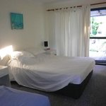 no fan or aircon. - bedroom was hot if no breeze