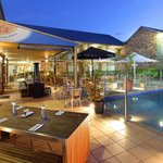 outdoor dining by the pool