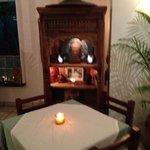 un altar en el comedor de ingreso